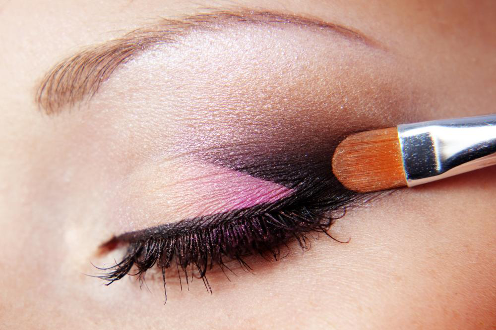 6 Eye Makeup Mistakes You Are Guilty of Making